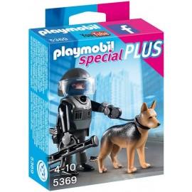 Policia con Perro 5369