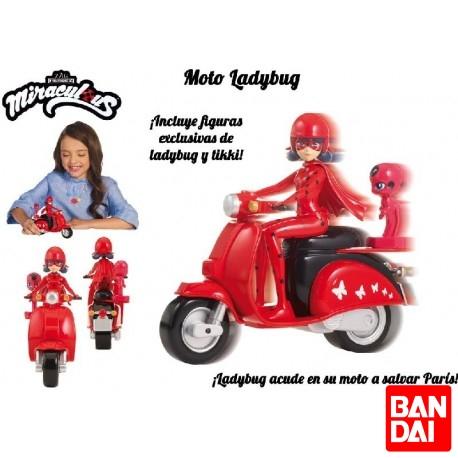 Ladybug con Moto Vespa