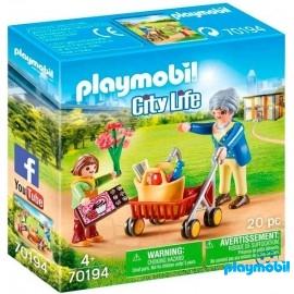 Abuela con Niña Playmobil