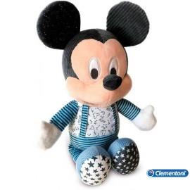 Baby Mickey Duerme