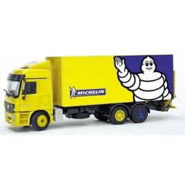 MB Actros Camión Plataforma