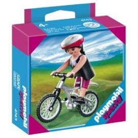 Mujer con Bicicleta de Montaña